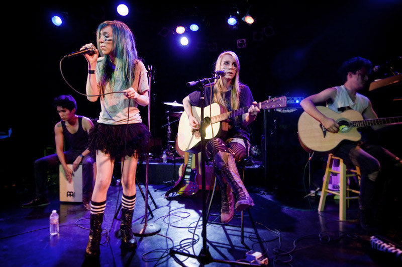 Pixikill's Jewel and Blaire Restaneo perform at The Roxy