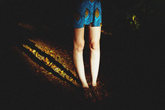 she moves she (t.coray) Tags: park light shadow leaves canon four rachel dress legs peacock 24mm tet volunteer fd