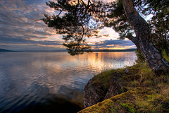 Tyrifjorden (Mariusz Petelicki) Tags: sunset norway norge hdr zachód tyrifjorden norwegia utoya