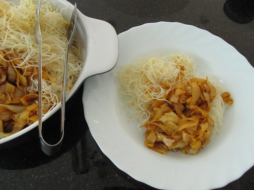Cantonese Style Fried noodles