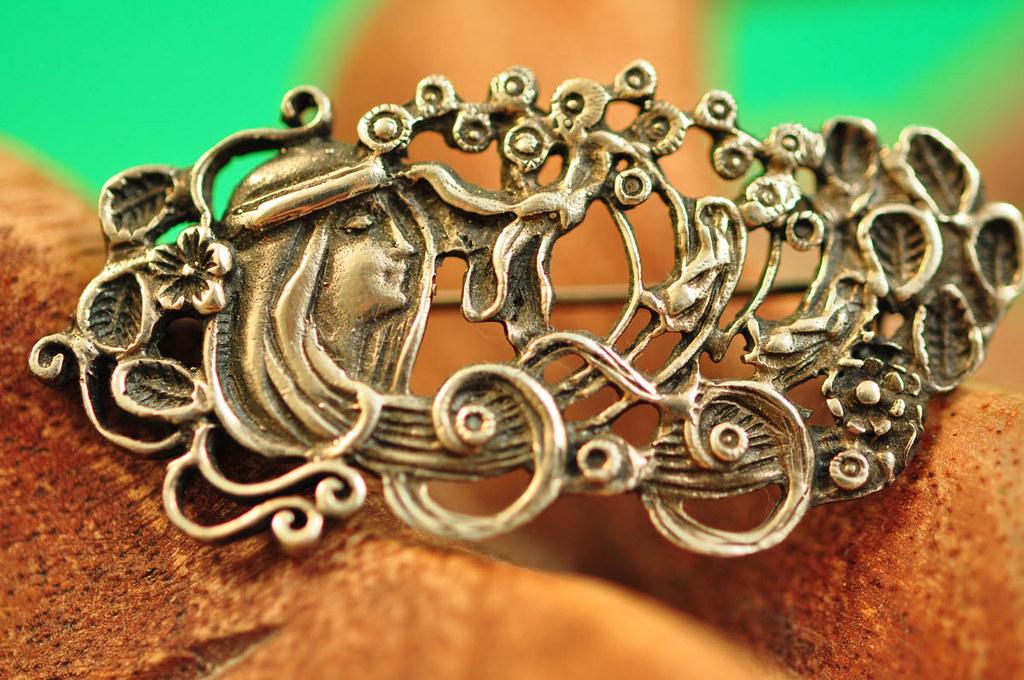 Art Nouveau, Sterling Silver Brooch, Ladys Head