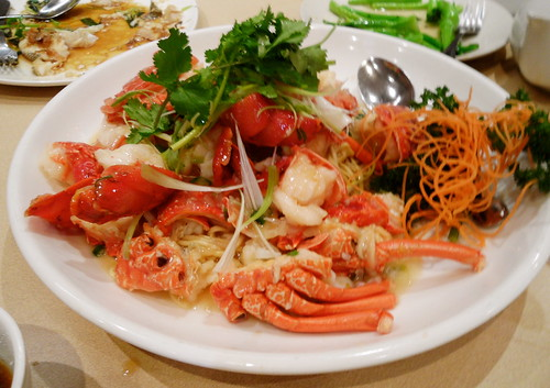 Lobster in Butter Sauce with E-Fu Noodles
