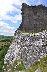 Carreg Cennen Castle Brecon Beacons (Richard.Crockett 64) Tags: castle southwales nationalpark keep brecon beacons fortification carregcennen trapp mountainrange 2011 bannaubrycheiniog