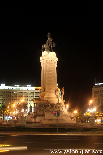 Marquês de Pombal Square at night, Lisbon