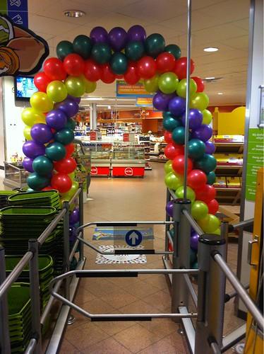 Ballonboog 6m Plus Supermarkt Akkerhof Spijkenisse