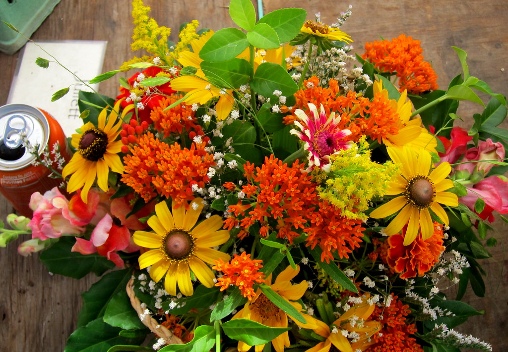 Orange Crush flowers bouquet