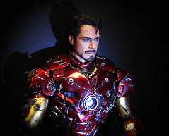 "Custom Hot Toys Final Battle Iron Man • <a style=""font-size:0.8em;"" href=""http://www.flickr.com/photos/7878415@N07/5930584192/"" target=""_blank"">View on Flickr</a>"