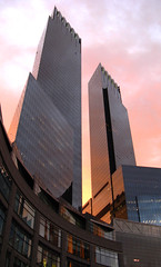the pink sky (sugarfradivi) Tags: new york city nyc pink windows columbus sky usa ny glass clouds skyscraper circle center warner