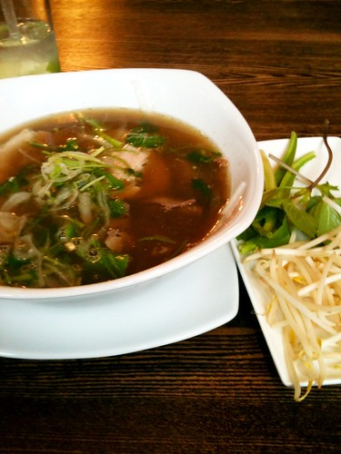 Pho, Ladudu, West Hampstead