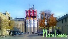 Anheuser Busch, Bud beer bottle banners! (wards work) Tags: art sign wisconsin bottle code banner grain vinyl landmark storage bud wi picnik busch malt weiser grahics anheuser riverland wisc manitowoc rahr 4wwc moronmayor