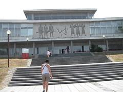 2011-2-belgrado-082-museum 23 may