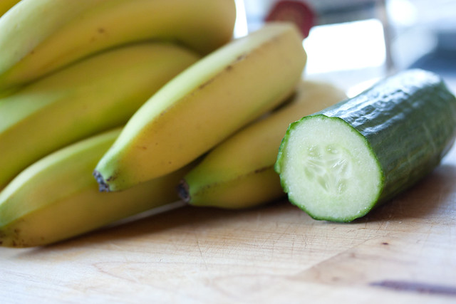 English Cucumber & Bananas