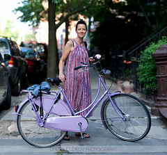 #BikeNYC Portrait: Lotta in Brooklyn (Dmitry Gudkov) Tags: dutch fashion bike bicycle brooklyn lavender parkslope swedish sidewalk gazelle lotta dutchbike bikenyc cyclechic