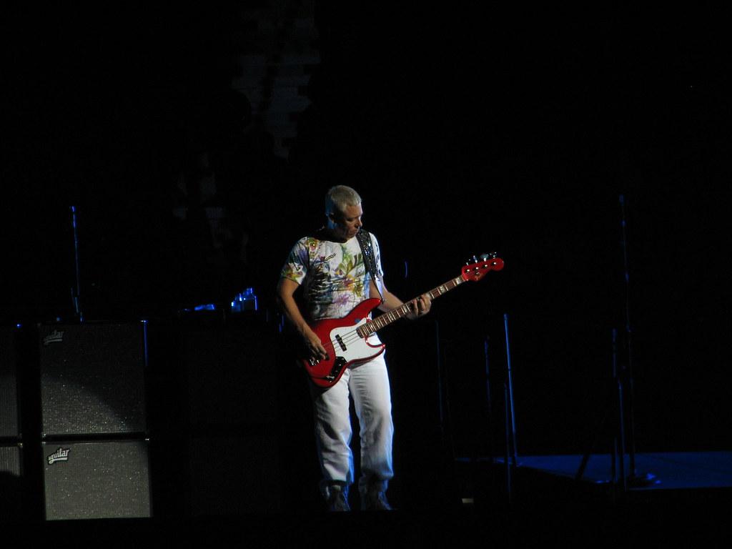 Adam Clayton - U2 360° Tour Montréal 2011