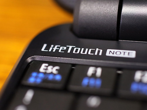 LifeTOUCH-NOTE01