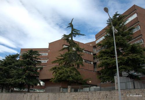 Edificios del Campus de la Universidad de Navarra vistos desde la Avenida de Pío XII