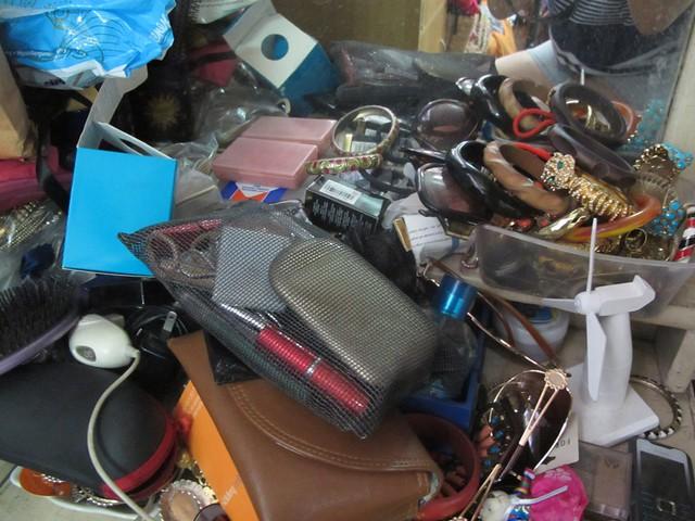 Organizing Vanity Dresser (2)