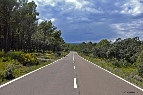 Carretera sin fin by Marian Saiz