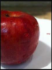 Apple (sosy20) Tags: