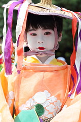 Boy in the festival parade (Teruhide Tomori) Tags: festival japan kyoto child   yasakashrine    traditionalclothes thegionmatsuri