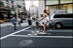 contresens (paga4flickr) Tags: street nyc newyork color bike bicycle bicyclette velo couleur vlo vlos 19r