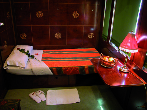 Al Andalus, luxury train in southern Spain, bedroom