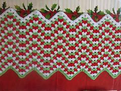 Jingle Bells - Lots More To Do (teacuplane-sandy) Tags: red white green ripple crochet janeaton grannychevrons