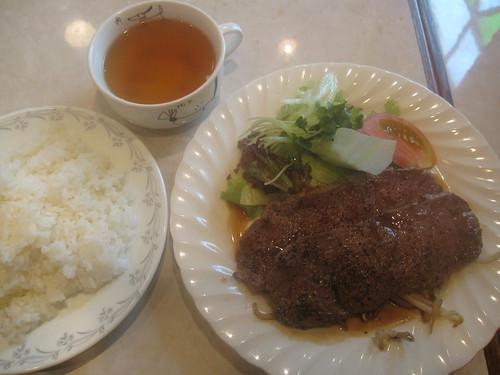 牛肉のソテー@Potato(練馬)