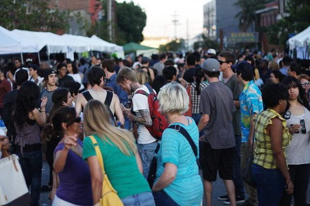 bloomfest LA crowd