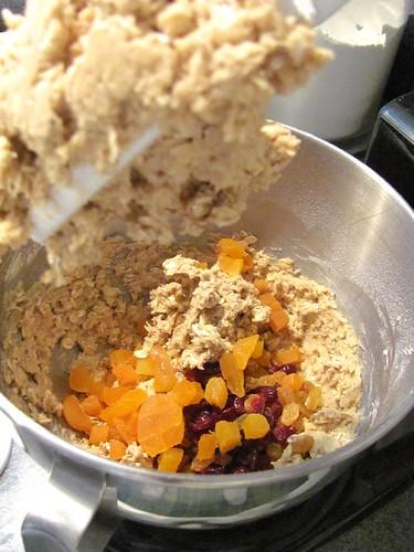Giada's Oatmeal, Cranberry and Chocolate Chunk Cookies