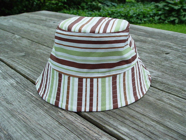 reversible bucket hat, view 4