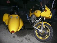 Peters Guzzi-Armec Schwenkergespann (urs_witschi) Tags: moto motoguzzi guzzi gespann schwenker 20110805 schwenkergespann
