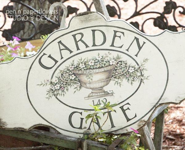gardengatesign