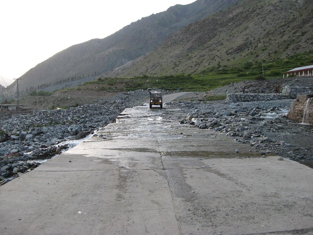 Team Unimog Punga 2011: Solitude at Altitude - 6026465062 8c95f53950 b