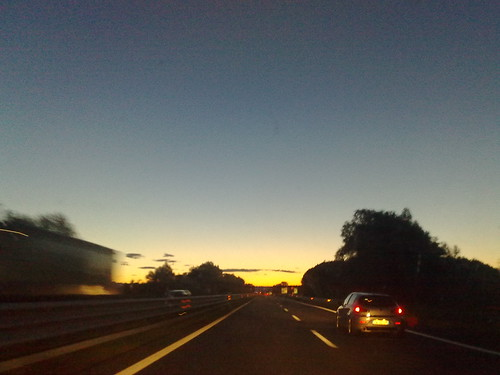 L'alba in autostrada by durishti