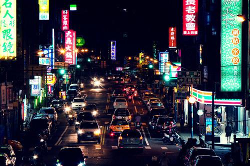 フリー写真素材, 建築・建造物, 都市・街・村, 道路・線路, 夜景, 台湾,