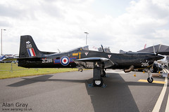 ZF295 - SHORT TUCANO T1 - 110702 - Waddington - Alan Gray - IMG_0308