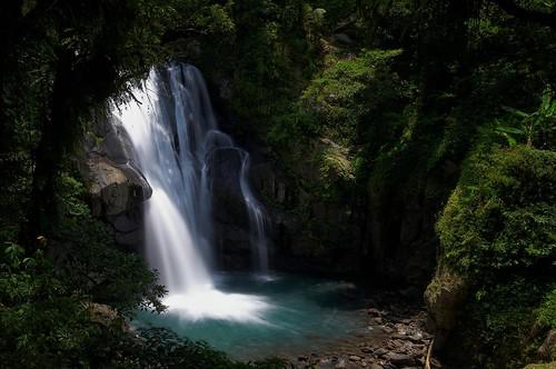 內洞森林遊樂區-中層瀑布