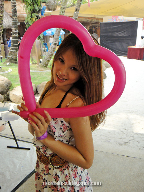 pink heart shape balloon