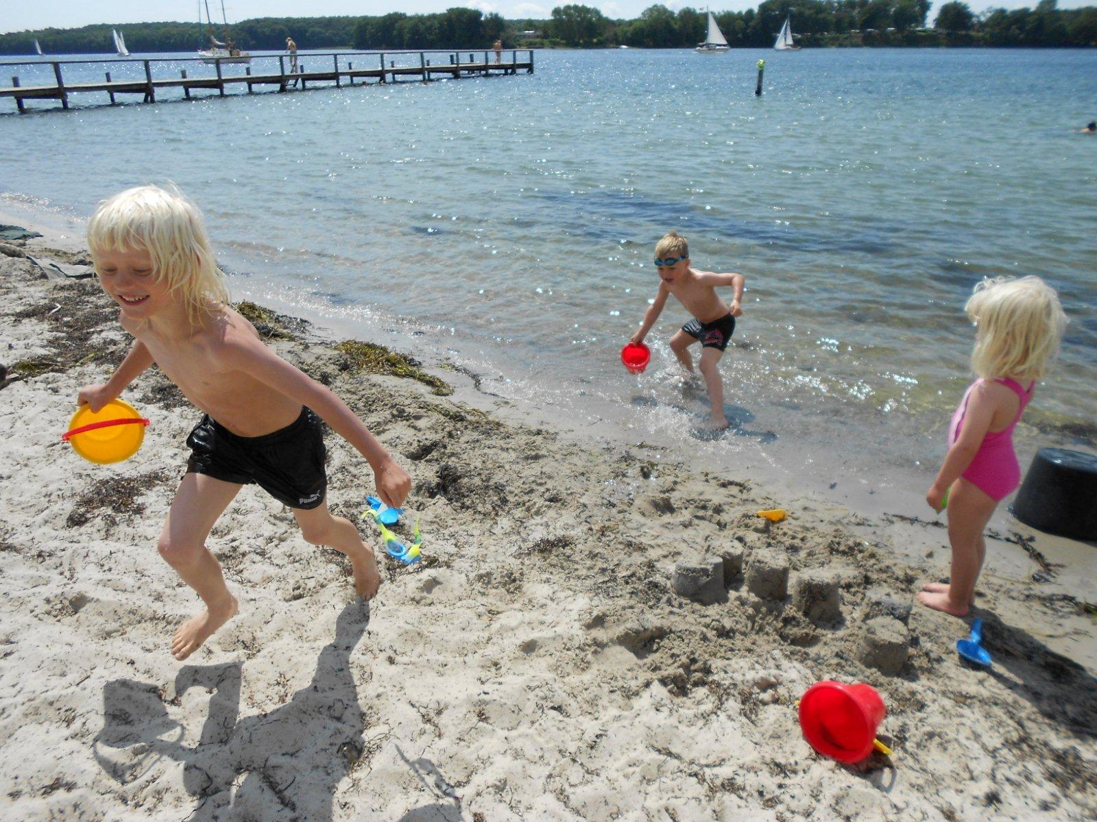 Ofelia Beach - Nokken - Ungerne og jylland 2011-07-11 013
