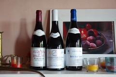 Trois bouteilles (claudio malatesta) Tags: trois three wine pentax vin tre bourgogne musicorso vino k5 claudiomalatesta diamondclassphotographer flickrdiamond citrit claudebenasouli