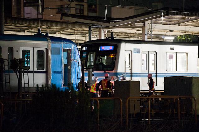 東京地下鉄15000系15113F搬入回送 05-106Fが連結
