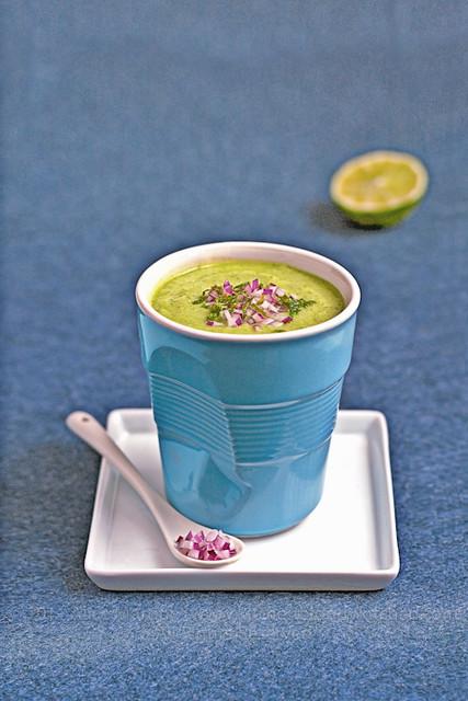 Gazpacho di avocado e cetrioli