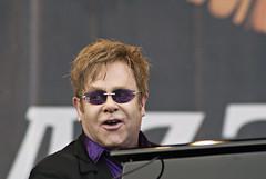 Elton John (Waldemar Stoffel) Tags: music festival suomi finland concert finnland skandinavien jazz eltonjohn musik scandinavia konzert openair pori porijazz björneborg sireltonjohn länsisuomi satakunta västrafinland porijazz2011