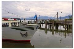 Wei-Blaue Flotte (Helmut Reichelt) Tags: leica germany deutschland bavaria oberbayern chiemsee schiffe m9 bluesail