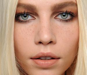 Chloe Makeup for Fall 2011