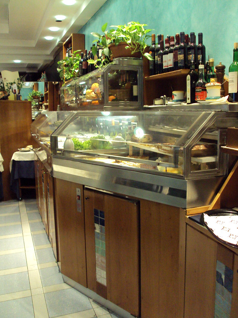 The world 39 s best photos of calabrese and ristorante for Gemelli diversi ristorante milano