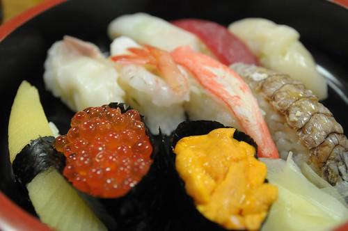 寿司(なると)