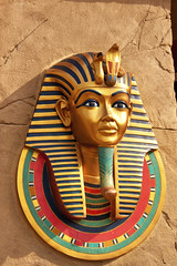 Tutankhamun - Burial Mask (Pic_Joy) Tags: history ancient singapore asia southeastasia mask northafrica egypt middleeast culture nile egyptian pharaoh sentosa artifact themepark pharoah ancientegypt universalstudio  rws       burialmask   tutenkhamen     tutenkhamon livingimageofaten livingimageofamun resortworldofsentosa