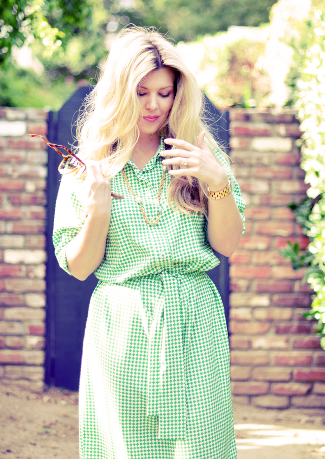 vintage green  and   white diamond print dress with gold accessories